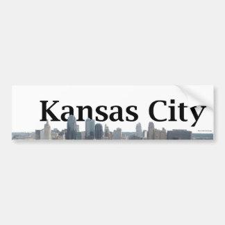 Kansas- CitySkyline mit Kansas City im Himmel Autoaufkleber
