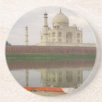 Kanu im Wasser mit Taj Mahal, Agra, Indien Getränkeuntersetzer