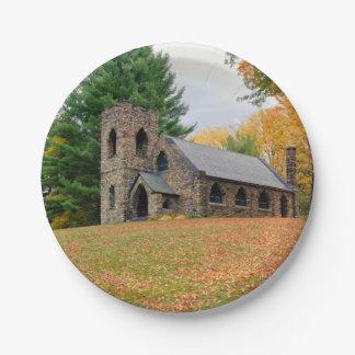 Kapelle im Fall Pappteller