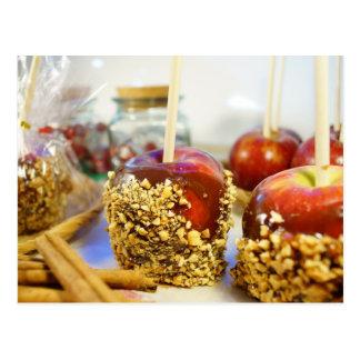 Karamell-Erdnuss-Äpfel Postkarte