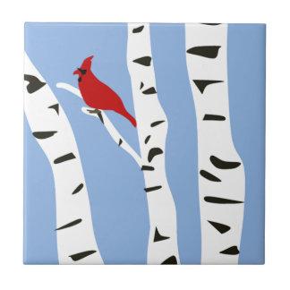 Kardinal und Winter-Birke Fliese