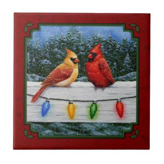 Kardinäle und Weihnachtslichter rot Fliese
