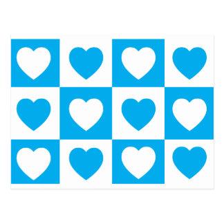 Karierte Herzen - cyan-blaues Blau Postkarte