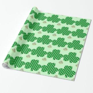 Karierte Kleeblätter Geschenkpapier