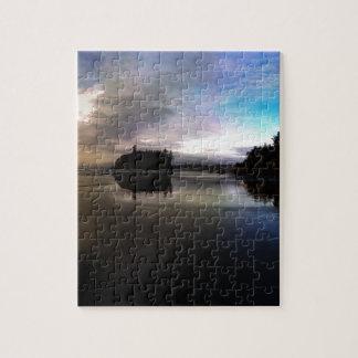 Karminrote Strand-Sonnenuntergang-Reflexion Puzzle