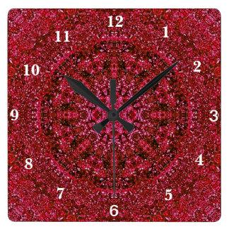 Karminrotes rotes metallisches quadratische wanduhr