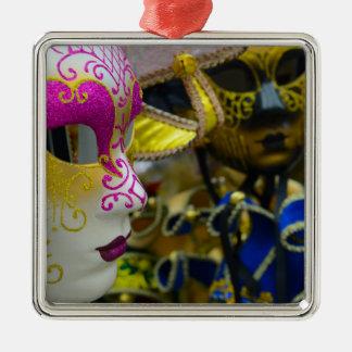 Karnevals-Maskerade-Masken in Venedig Italien Silbernes Ornament