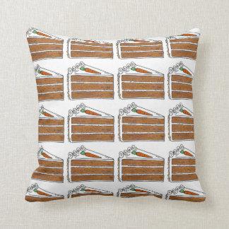 Karotten-Schicht-Kuchen-Scheibe mit Kissen