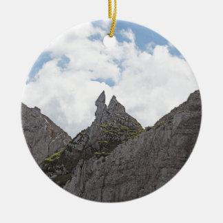 Karwendel Strecke in den bayerischen Alpen Rundes Keramik Ornament