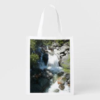 Kaskade fällt an Yosemite Nationalpark Wiederverwendbare Einkaufstasche