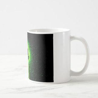 Kassetten-gekreuzte Knochen - GeekShirts Kaffeetasse