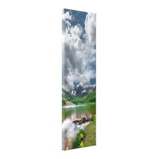 Kastanienbraune Spitze/See in Aspen Colorado Leinwanddruck