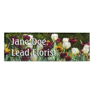 Kastanienbraune und gelbe Tulpe-buntes Blumen Namenschild