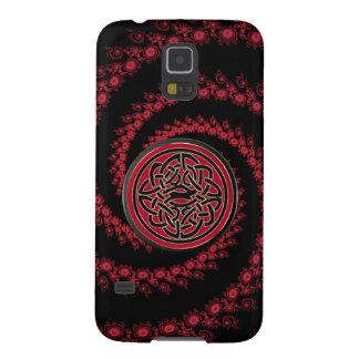 Kasten der rotes und schwarzes Fraktal-keltischer Samsung S5 Hülle