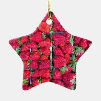 Kästen gefüllt mit roten Erdbeeren Keramik Stern-Ornament