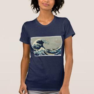 Katsushika Hokusais große Welle weg von Kanagawa T-Shirt