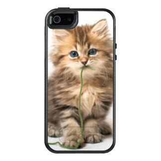 Kätzchen mit grünem Garn OtterBox iPhone 5/5s/SE Hülle