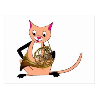 Katze, die das französische Horn spielt Postkarte