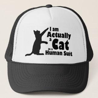 Katze in einem menschlichen Anzug Truckerkappe
