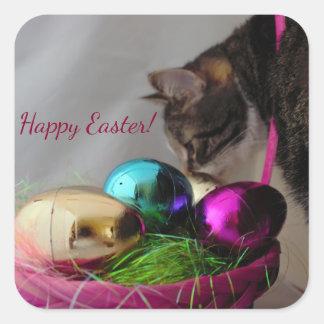 Katze mit Ostern-Korb Quadratischer Aufkleber