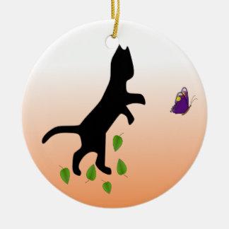 Katze mit Schmetterling Rundes Keramik Ornament