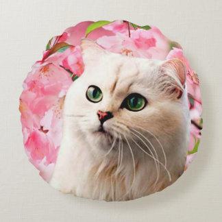Katze und Blumen Rundes Kissen