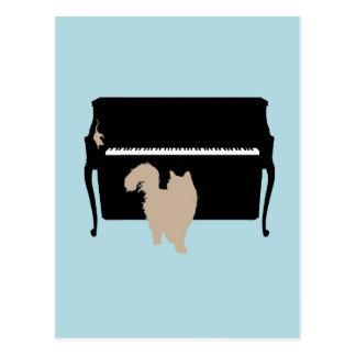 Katze und Maus auf Klavier Postkarte