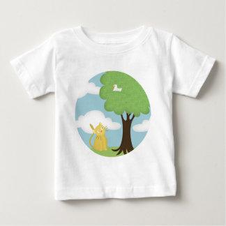 Katze und sein hockender Vogel Baby T-shirt
