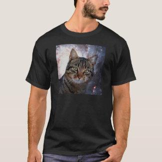 Katzen im Raum T-Shirt