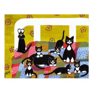 Katzen in der Bett-Postkarte Postkarte