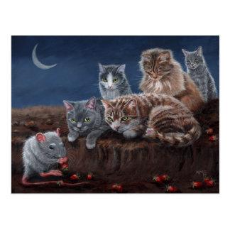Katzen und Ratte mit Erdbeerpostkarte Postkarte