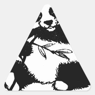 Kauen des Pandas Dreieckiger Aufkleber