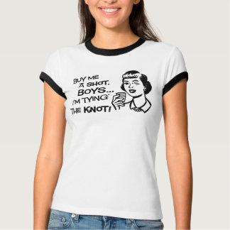 Kaufen Sie die Braut einen Schuss Bachelorette Shirt