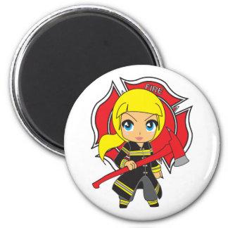 Kawaii blondes Feuerwehrmann-Mädchen Runder Magnet 5,1 Cm