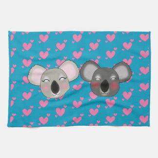 Kawaii lustige Koala im Liebeküchentuch Handtuch