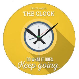 Keep Gehen passen nicht die Uhr auf sich gelb zu