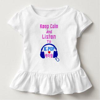 ♪♥Keep Ruhe u. hören zur KPop Kleinkind-Rüsche Kleinkind T-shirt