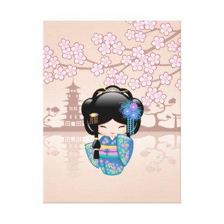 Keiko Kokeshi Puppe - blaues Kimono-Geisha-Mädchen Leinwanddruck