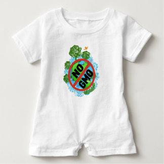KEIN GMO BABY STRAMPLER