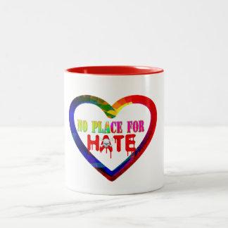 kein Platz für Hass-Liebeherzfriedensangesagte Zweifarbige Tasse