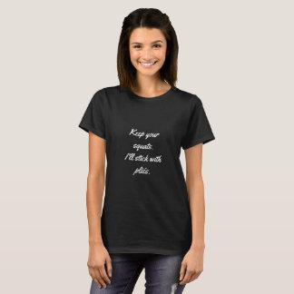 Keine Hocken, gerade Falten T-Shirt