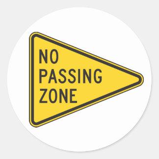 Keine überschreitenen Zonen-Aufkleber Runder Aufkleber