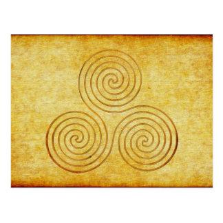 keltische Dreiergruppen-Spirale - OneLine antikes Postkarte
