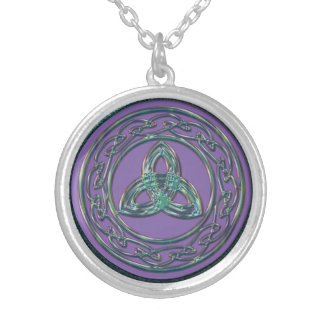 Keltische Dreiheit und Kreis des Lebens im antiken Personalisierte Halskette