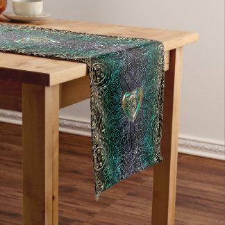 Keltische Herz-Mandala im Grün und in der Kurzer Tischläufer