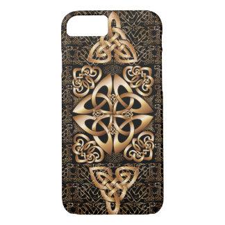 Keltischer Knoten auf Schwarzem iPhone 8/7 Hülle