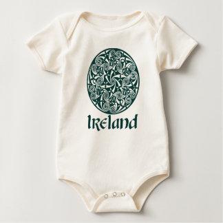 Keltisches Knoten-Medaillon-runder Entwurf, Baby Strampler