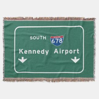 Kennedy-Flughafen JFK I-678 NYC New York City NY Decke