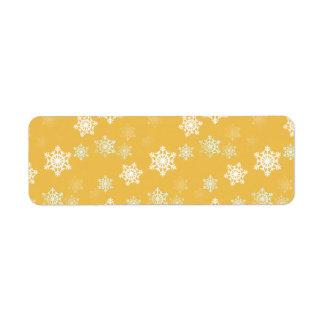 Kerzen-Glühen-gelbe und weiße Schneegestöber