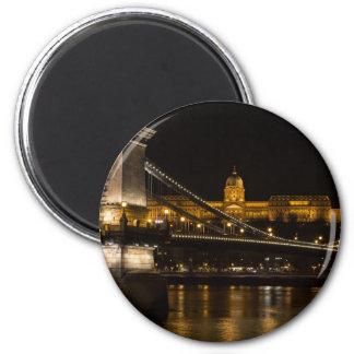 Kettenbrücke mit Buda Schloss Ungarn Budapest Runder Magnet 5,7 Cm